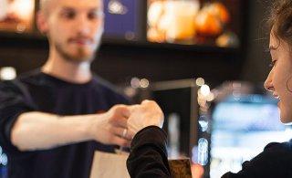 Ravintolaruokailun trenditutkimus: Korona verotti ravintolaruokailua, mutta kuluttajat aikovat palata